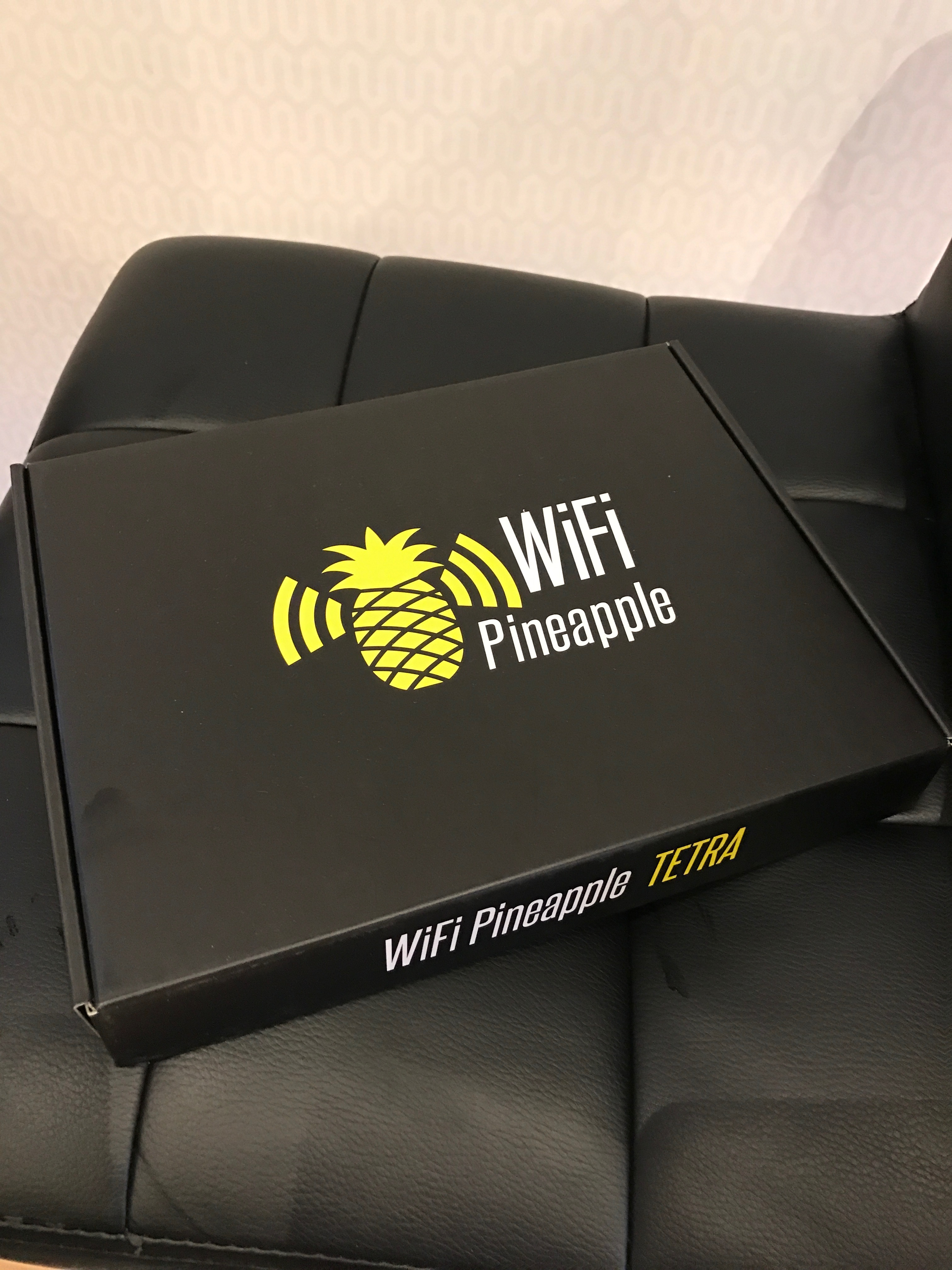 WiFi Pineapple box